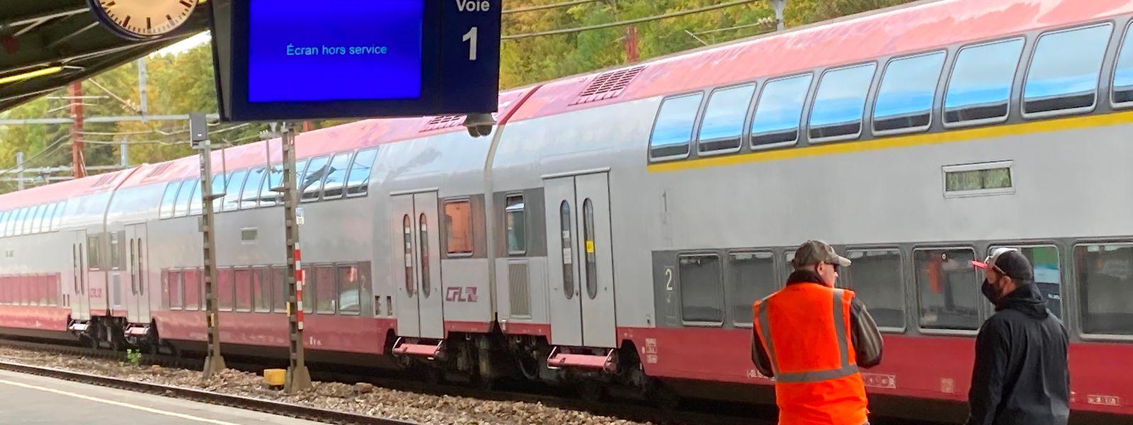 Les 60 trains quotidiens entre Esch et Audun ne sont pas suffisamment fréquentés et posent problème dans la circulation.