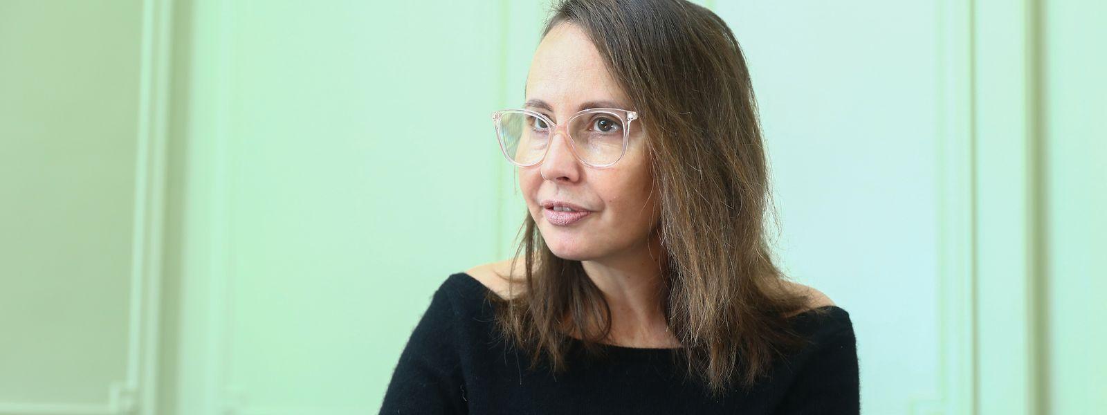 Caroline Sauvajol-Rialland rappelle l'importance de séparer les sphères privées et professionnelles.