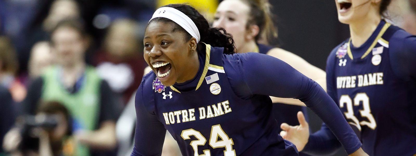 Arike Ogunbowale hat allen Grund zur Freude: Die US-Amerikanerin sorgte sowohl im Halbfinale als auch im Endspiel der College-Meisterschaft für die Entscheidung.