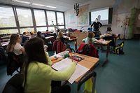 Martine Hansen ist der Ansicht, dass Schüler vor allem lernen müssen, wie sie sich selbst Wissen aneignen können.
