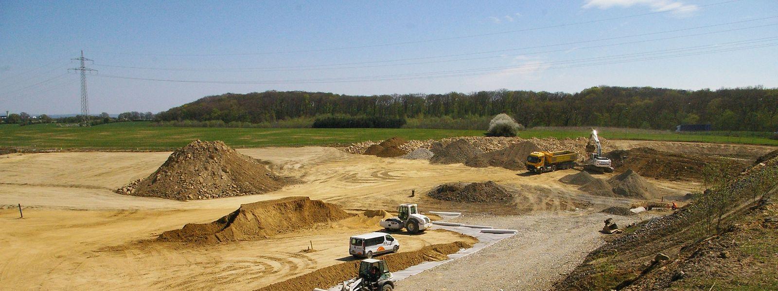 Aktuell wird der Boden in Hellingen verfestigt.