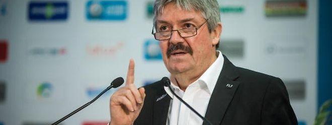 """Paul Philipp: """"Bei Differdingen stellt sich die Frage, ob der Mannschaft nach der so knapp verlorenen Meisterschaft erneut so eine starke Saison gelingt."""""""