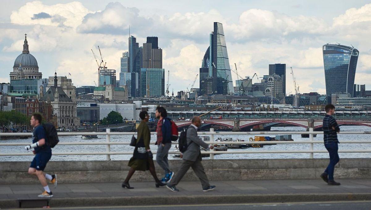 Skyline der City of London, von der Waterloo-Brücke aus gesehen.