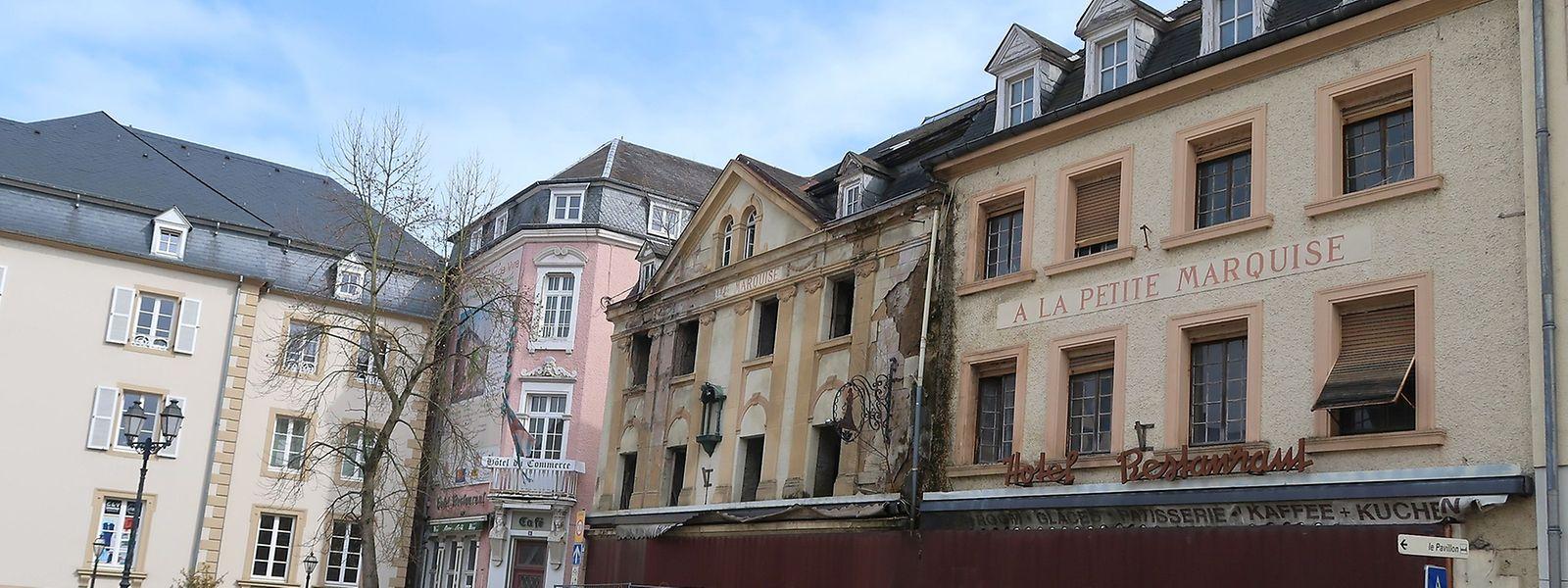 Die Bauruine am Marktplatz gilt seit Jahren als Schandfleck der Abteistadt.