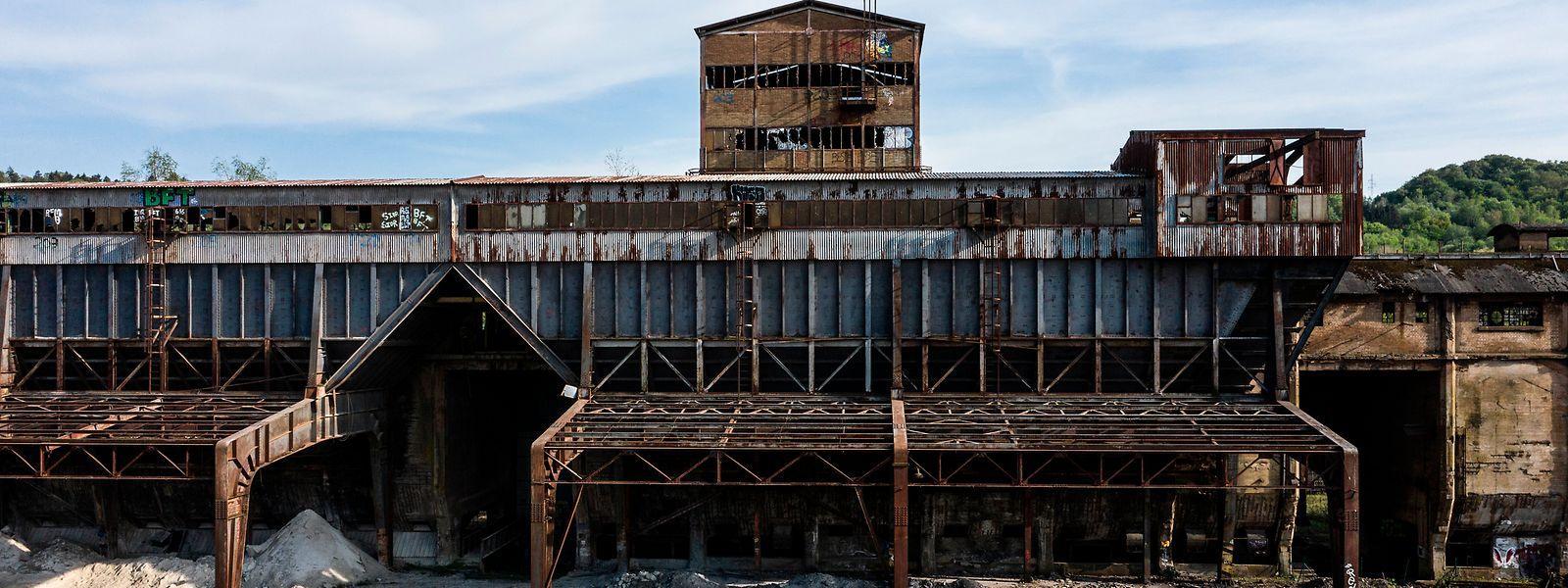 Les bâtiments industriels disparaîtront au profit du projet d'urbanisation des «Rout Lëns» («Lentille Terres Rouges»).
