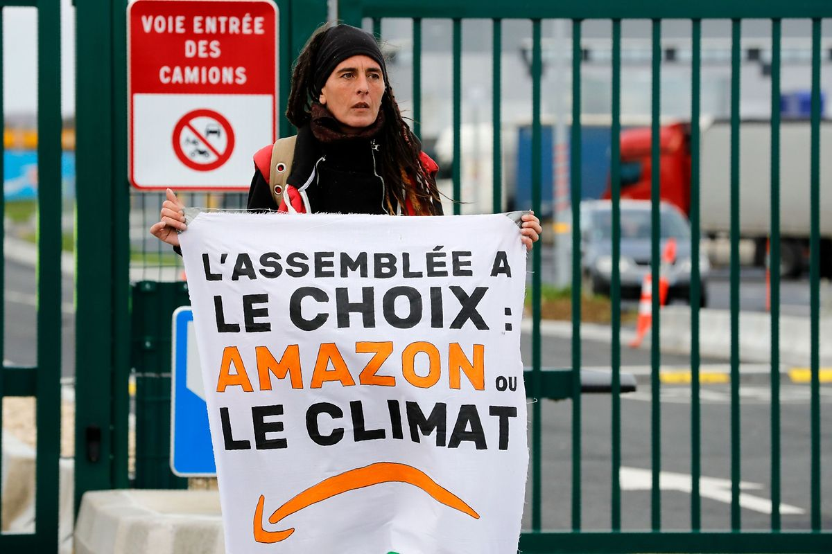 Proteste gegen Amazon in Bretigny-sur-Orge.
