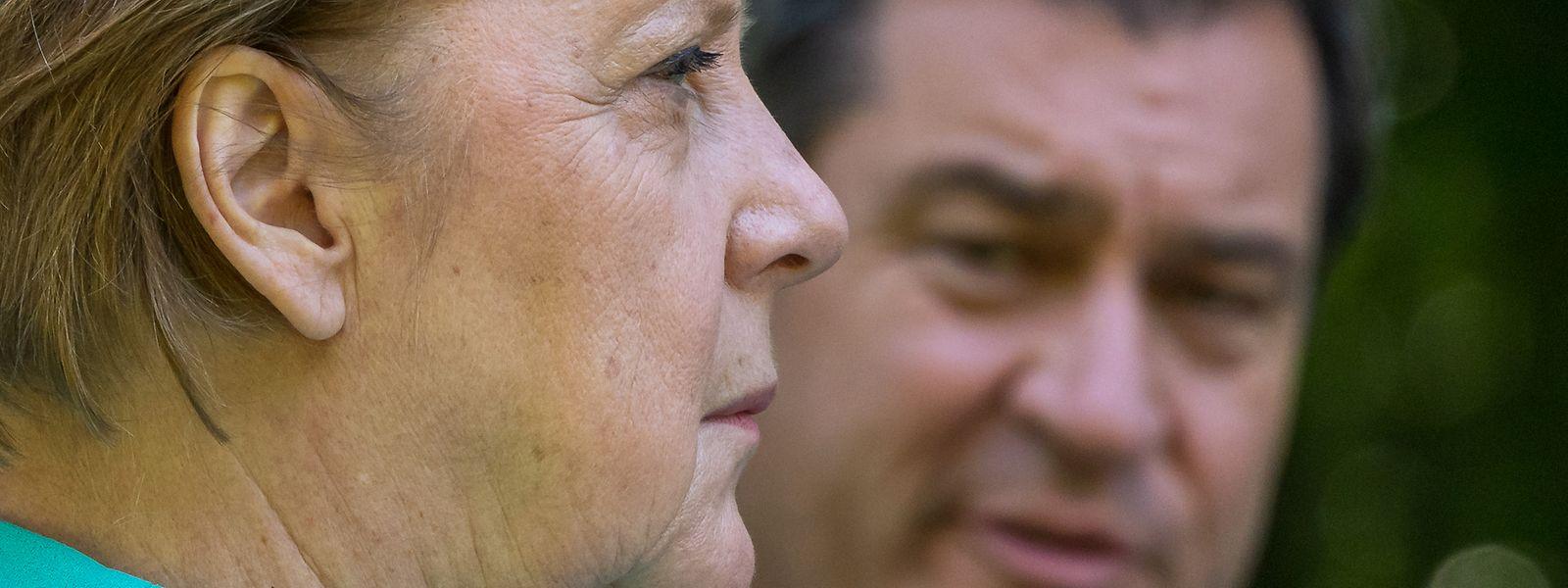 Während die drei Kandidaten für den CDU-Vorsitz sich gegenseitig bekriegen, könnte Bayerns Ministerpräsident und CSU-Parteichef Markus Söder als lachender Vierter hervorgehen und Angela Merkel im Kanzleramt beerben.