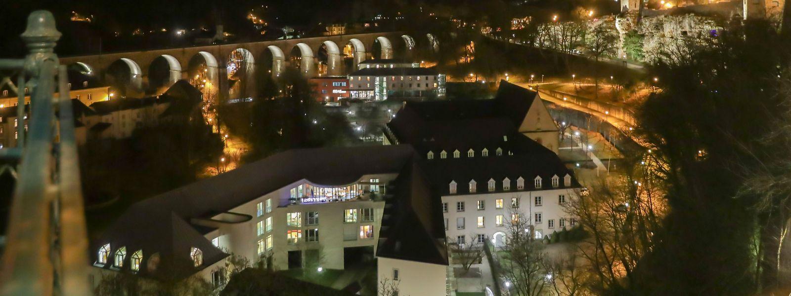 Die neuen LED-Lichter sollen die historischen Mauern besser zur Geltung bringen.
