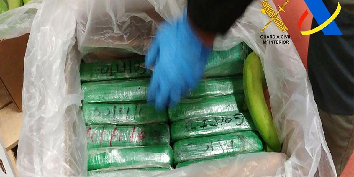 Der Drogenhandel lässt sich auch durch Ermittlungserfolge der Polizei, wie hier in Spanien, wo am Dienstag 331 Kilogramm Heroin beschlagnahmt wurden, beeindrucken.
