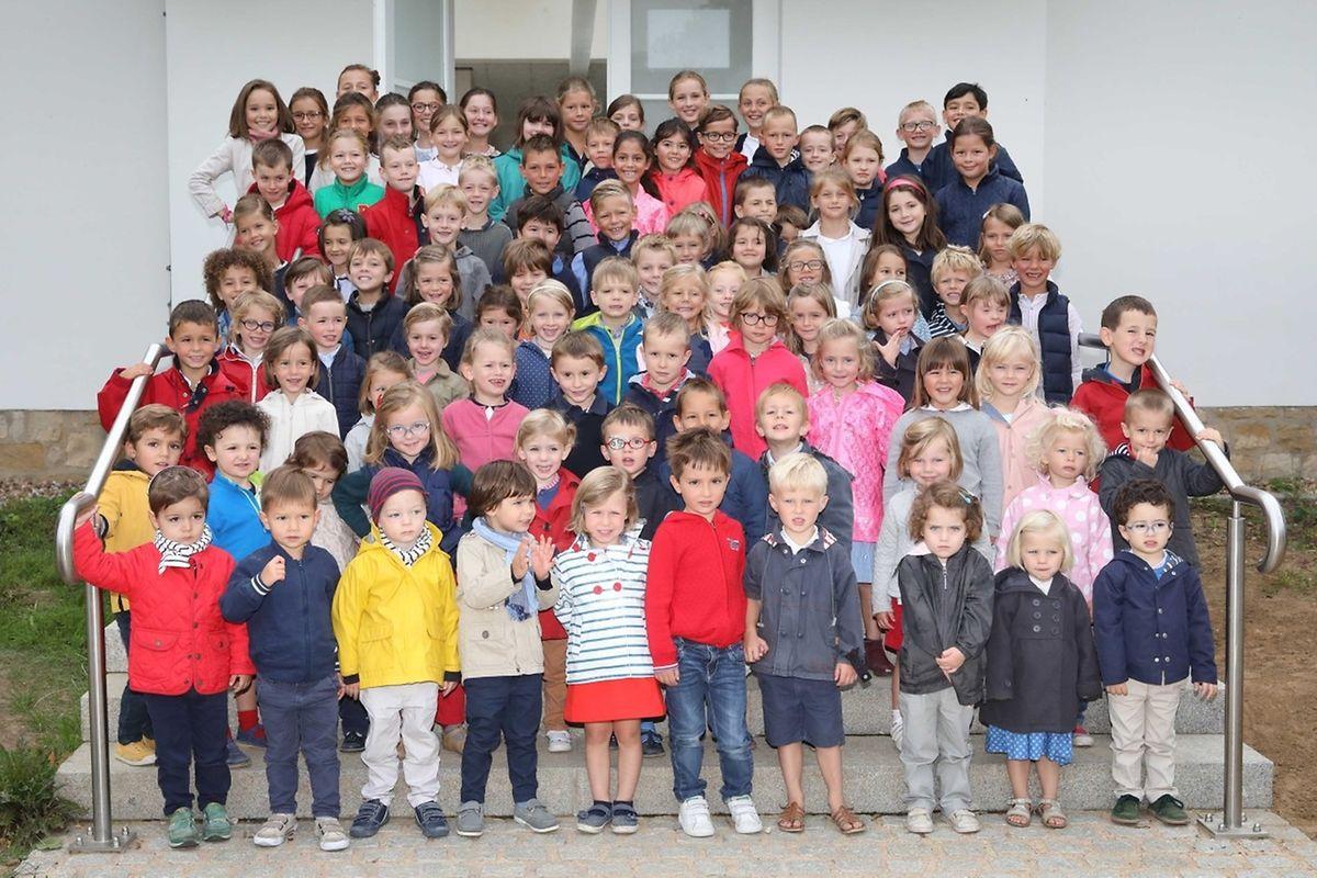 101 enfants, 55 familles dont 70 % sont françaises et 30% de nationalités différentes.
