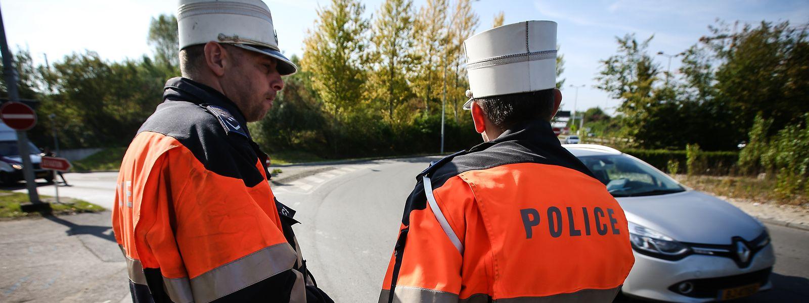 Wegen diverser Delikte wurden mehrere Verkehrsteilnehmer zu Fahrverboten und Geldstrafen verurteilt.