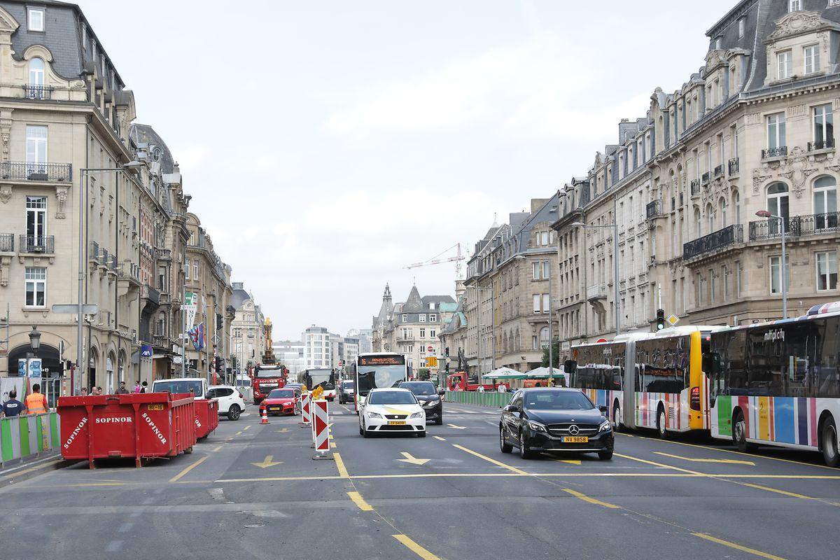 Geschlossene Baugruben sollen am Montag in der Avenue de la Liberté zu einem wahren Shoppingerlebnis verhelfen.