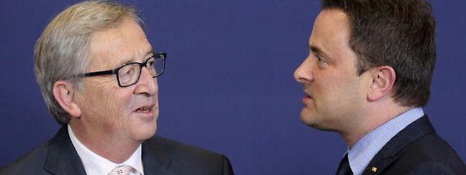 Wenn auch nicht von der Tragweite, so doch im Umgang mit dem Geheimdienst vergleichbar: Ex-Premier Jean-Claude Juncker und sein Nachfolger Xavier Bettel.