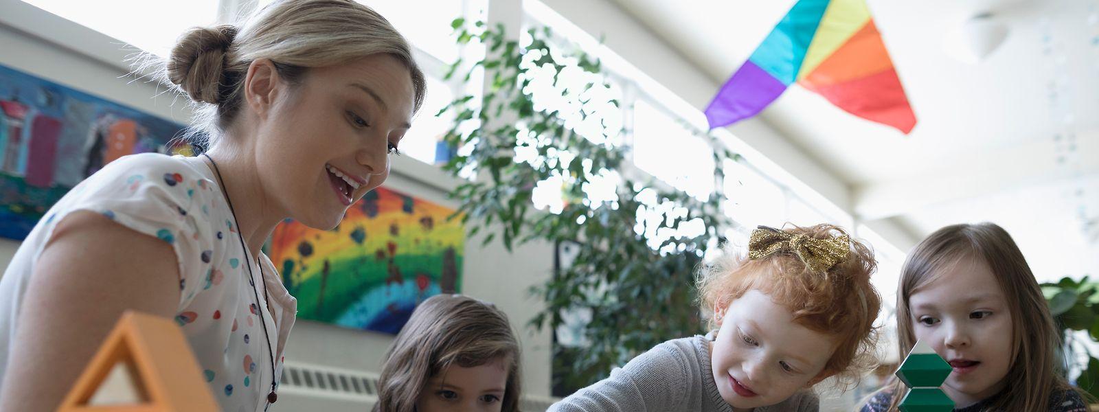 """Bildungsminister Claude Meisch möchte, dass die Kinder ab frühestem Alter kodieren lernen, """"spielerisch und altersgerecht""""."""