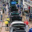 Die Arbeitsplätze sollen bei der Kernmarke VW wegrationalisiert werden.