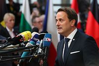 Luxembourg's Prime minister Xavier Bettel talks to the press as he arrives for an European Union Summit at European Union Headquarters in Brussels on October 17, 2019. (Photo by ARIS OIKONOMOU / AFP)