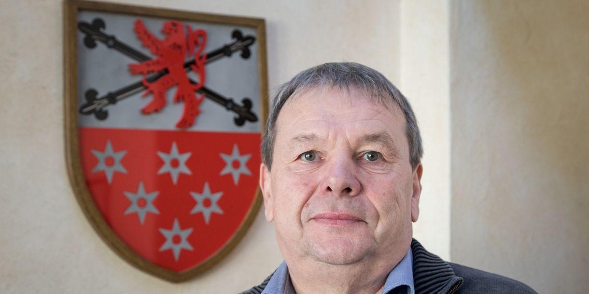 Carlo Kütten im Rathaus von Bous, das seinen Zweck noch einige Jahre erfüllen wird.