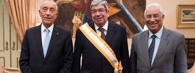 Ferro Rodrigues (à esq), com o Presidente da República, Marcelo Rebelo de Sousa, e o primeiro-ministro, António Costa