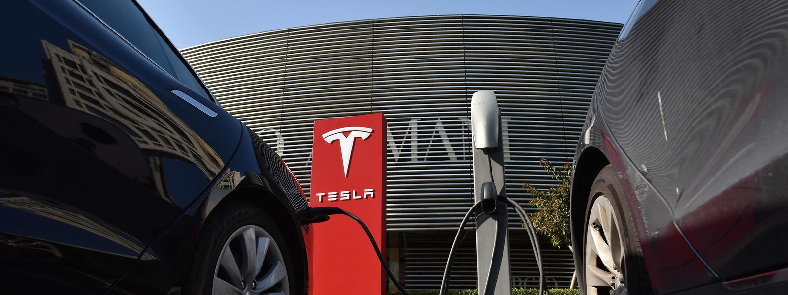 Die Gerüchteküche um Tesla brodelt.