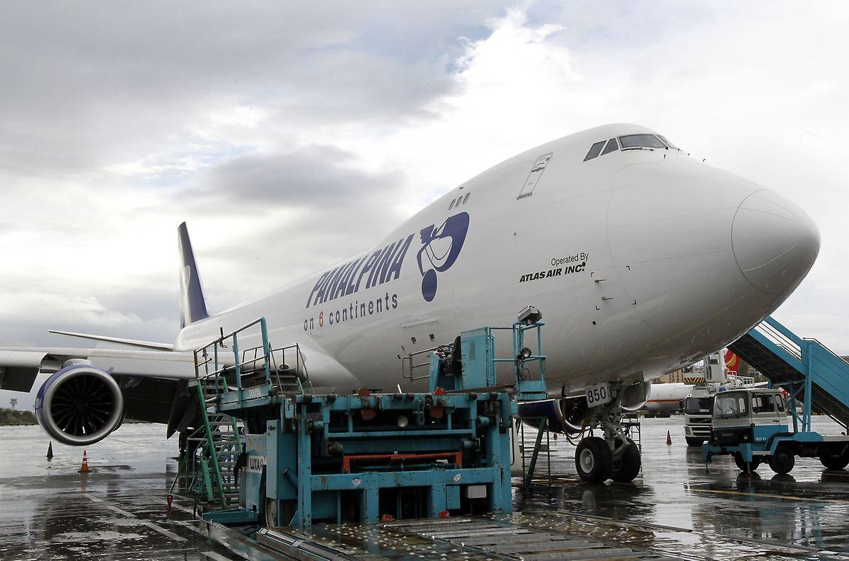 Die von Panalpina eingesetzte Boeing 747 mit eigenem Schriftzug wird von Atlas Air bereitgestellt.