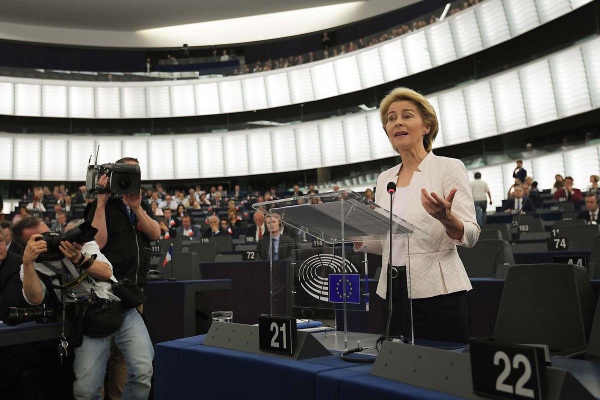 L'intitulé du titre du commissaire de la migration a été vivement controversé.