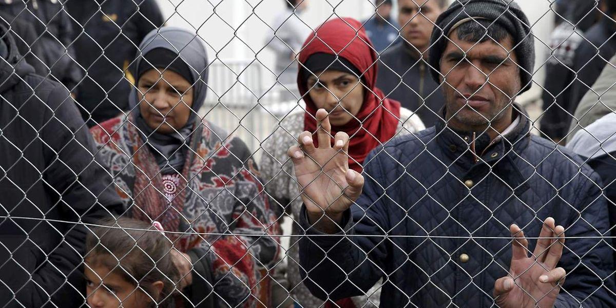 Im Elendslager von Idomeni an der griechisch-mazedonischen Grenze befinden sich etwa 11 500 Menschen.