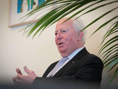 """Jacques Santer: Keinen Superstaat à la """"Vereinigte Staaten von Europa"""" schaffen."""