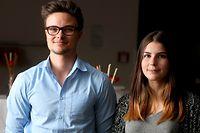 """Michel Logeling hat zusammen mit Sammy Cardoso die Mini-Entreprise """"Tromp"""" gegründet. Mit elf weiteren Klassenkameraden aus dem """"Lycée Classique de Diekirch""""  haben sie ihr eigenes Kartenspielset """"Konter a Matt"""" entworfen und vermarktet."""