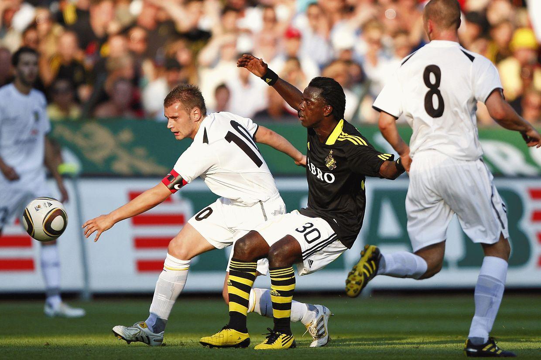 Jeunesse Esch - AIK Stockholm (2010): René Peters.