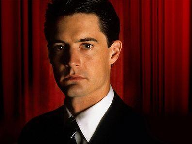 Special Agent Dale Cooper kehrt in die Provinz nach Twin Peaks zurück.