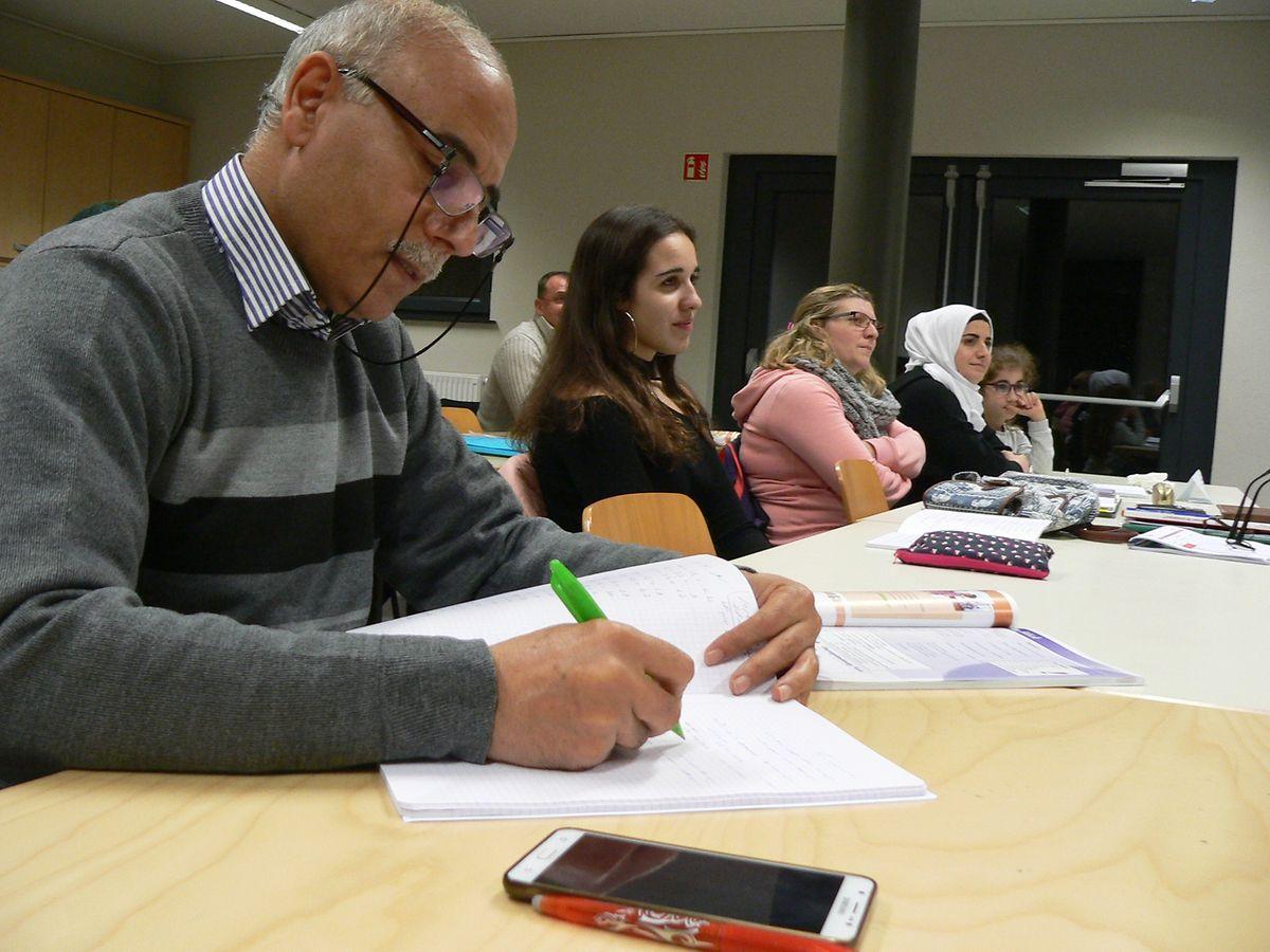 Ob aus Syrien, Portugal, Belgien oder Nigeria: Der Eifer, die luxemburgische Sprache zu erlernen und auch in der Fremde nicht fremd zu bleiben, vereint in den Sprachkursen im Centre Oasis letztlich alle Teilnehmer.
