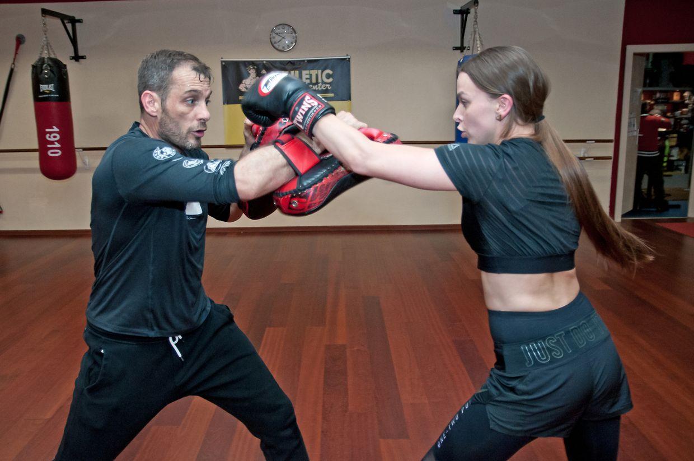 Im Athletic Center in Hollerich konnte man am Samstag im Boxen gegen Martial Arts Instructor Frank Ruppert (l.) antreten.