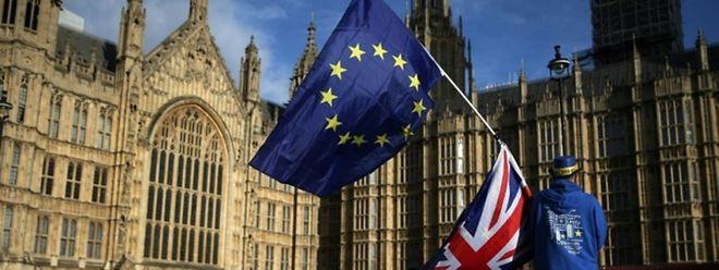 Les dirigeants européens vont débattre le 23 février 2018 à 27, du budget de l'UE après 2020 et le départ du Royaume-Uni.