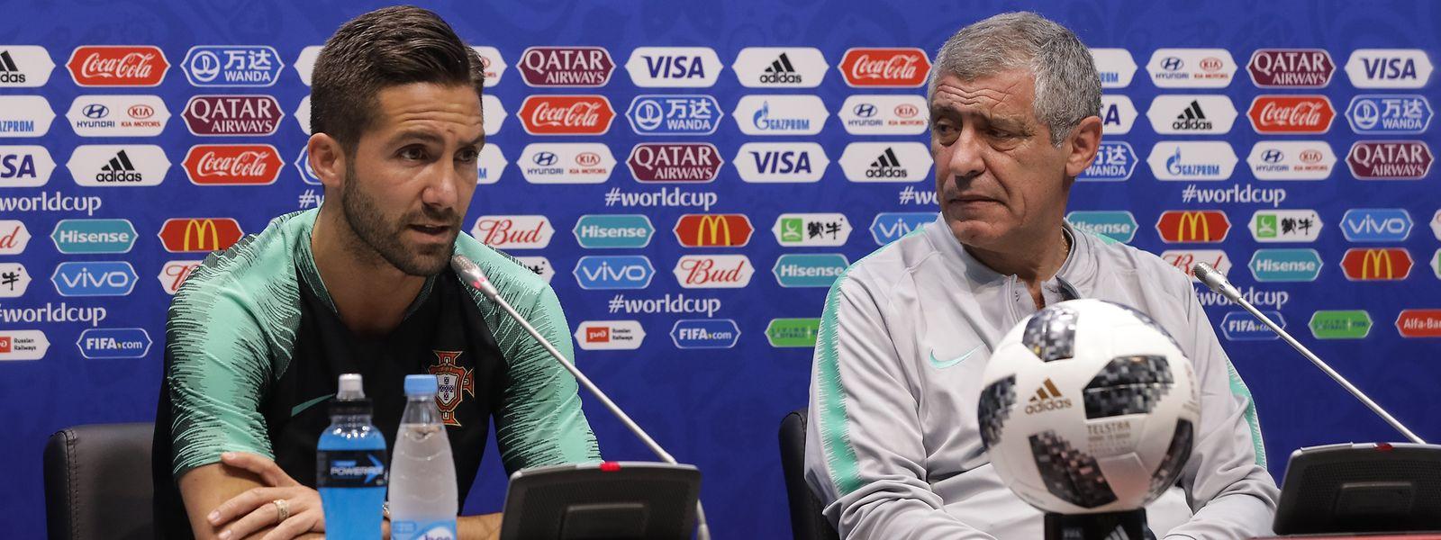 João Moutinho e Fernando Santos na conferência de imprensa de antevisão do jogo Portugal-Espanha, em Sochi, na Rússia, 14 junho 2018. PAULO NOVAIS/LUSA