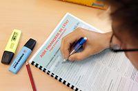 16.07.10 aide financiere de l etat , pour etudiants, formulaire,  photo: Marc Wilwert