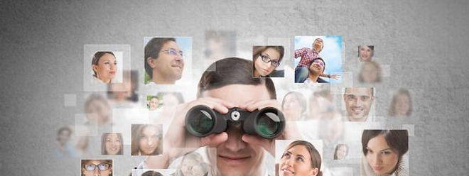 Les quatre start-ups simplifient le contact entre ceux qui cherchent et ceux qui recherchent