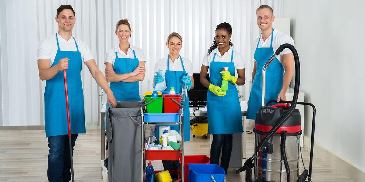 Le sondage mené par London Cleaning System montre qu'un salaire horaire moyen pour les nettoyeurs à Luxembourg est de 13,87 €.