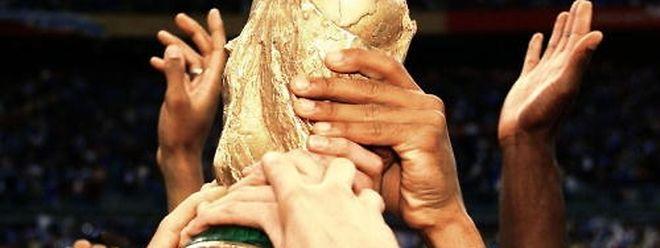 Os Estados Unidos, o México e o Canadá vão receber o Mundial de futebol em 2026