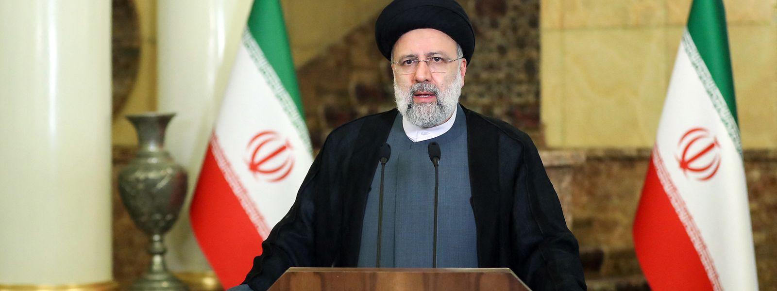 Der iranische Präsident Ibrahim Raisi spricht per Übertragung von Teheran aus zu den Teilnehmern der 76. UNO-Vollversammlung.