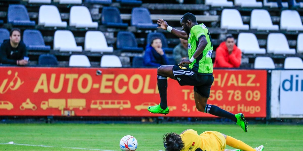 Momar Ndiaye s'est offert un festival en fin de match en trompant à trois reprises Alex Boukhétaia.