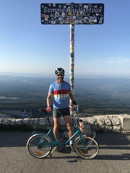 Luc Mergen nach der erfolgreichen Bezwingung des Berges.