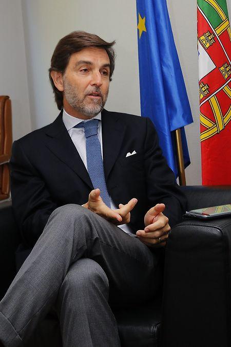 Carlos Pereira Marques, embaixador de Portugal no Luxemburgo, esteve na iniciativa desta exposição