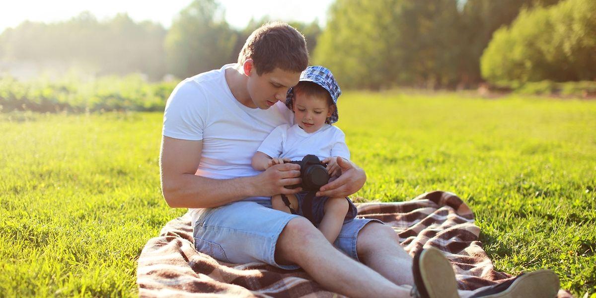 Le «nouveau» congé parental a notamment pour but d'augmenter la proportion des papas qui en profitent et ainsi de favoriser l'égalité des chances.