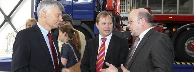 Le directeur de la SNCH, Claude Liesch, ici entre l'ancien ministre des Transports Clause Wiseler et le directeur de la SNCA Camille Gonderinger