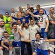 A equipa da US Esch a festejar a vitória e a consequente passagem à final da Taça do Luxemburgo.