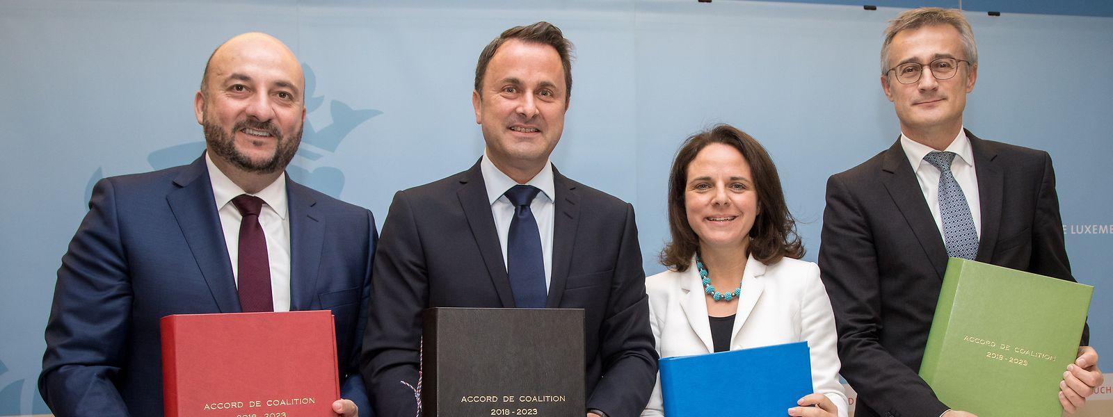 Félix Braz (tout à droite) avait représenté Déi Gréng à la signature de l'accord de coalition en 2018.