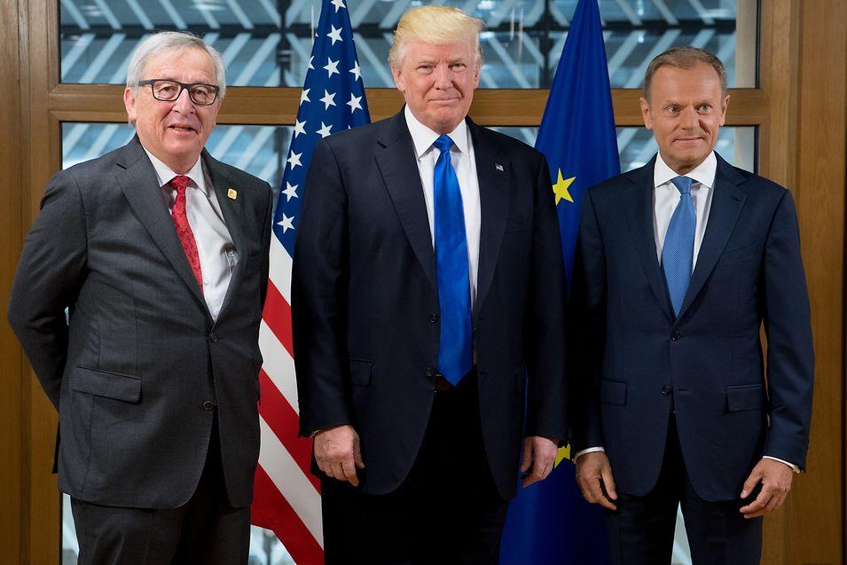Jean-Claude Juncker, Donald Trump e Donald Tusk.
