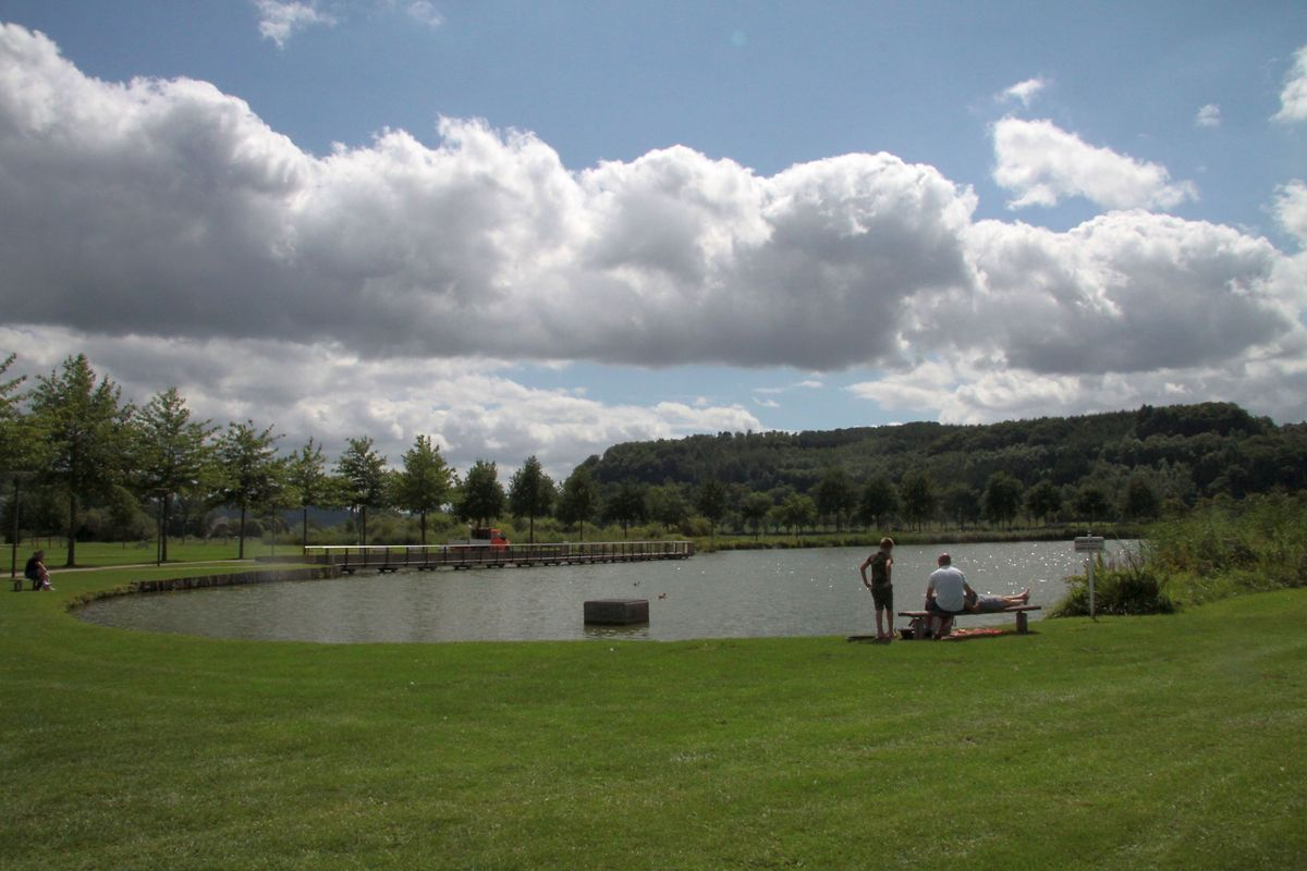 Mersch park has a lake and several playgrounds Photo: Nadine Schartz
