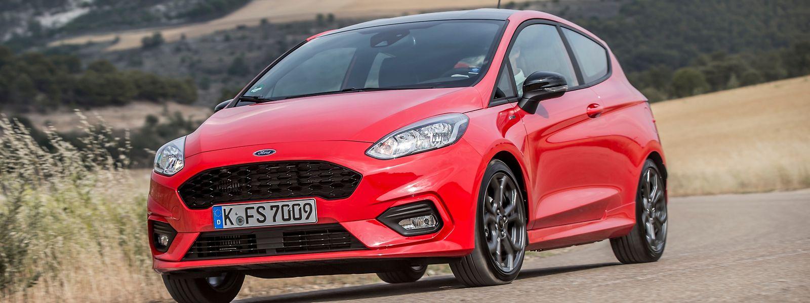 Der Ford Fiesta gehört mit einer Länge von 4040 Millimeter und einer Breite von 1735 Millimeter zu den eher Großen seiner Zunft.