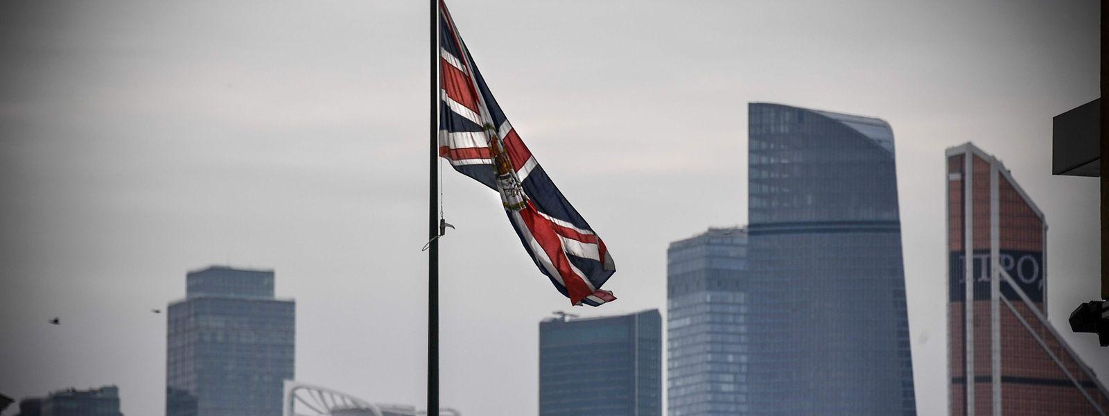Premierministerin Theresa May kündigte die Sanktion am Mittwoch im Parlament in London an.